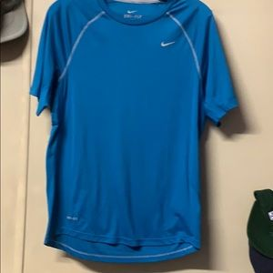 Mens or Women's Nike Small Athletic Shirt